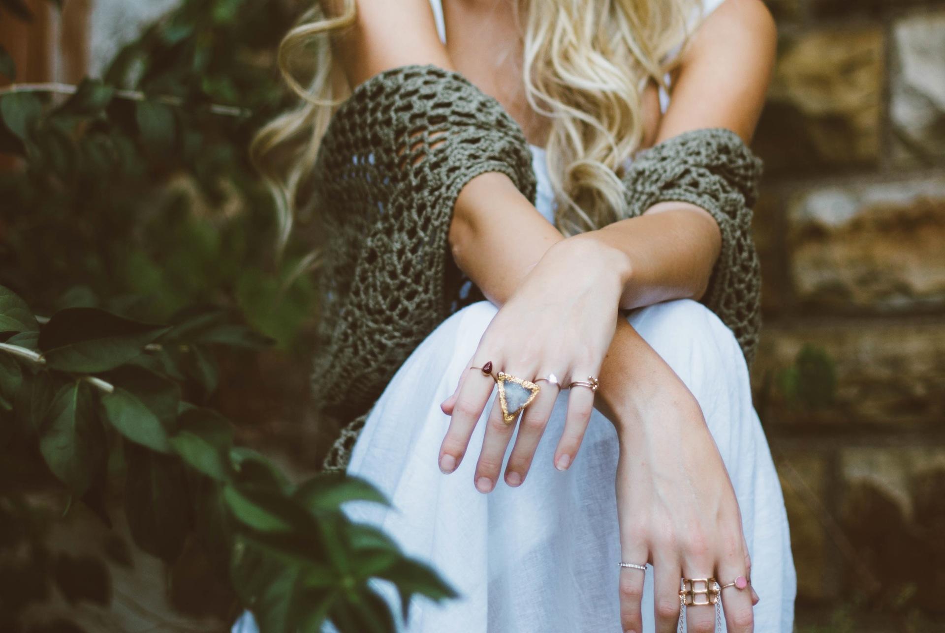 mains, femme, anneaux, bijoux, jeune fille, glamour - Fonds d'écran HD - Professor-falken.com