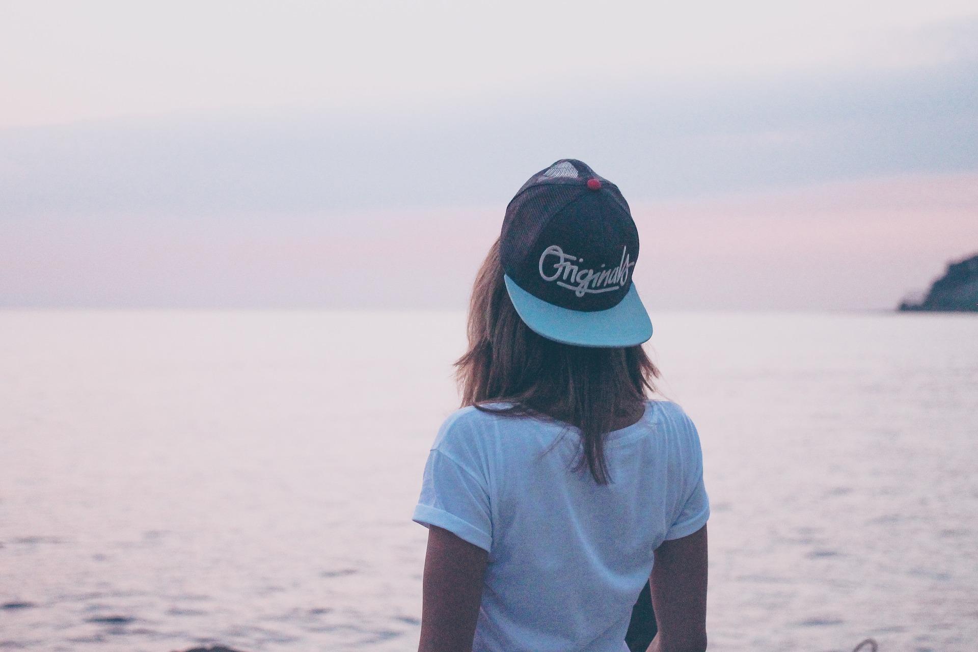 女性, 海, キャップ, 水, 空, 戻る - HD の壁紙 - 教授-falken.com