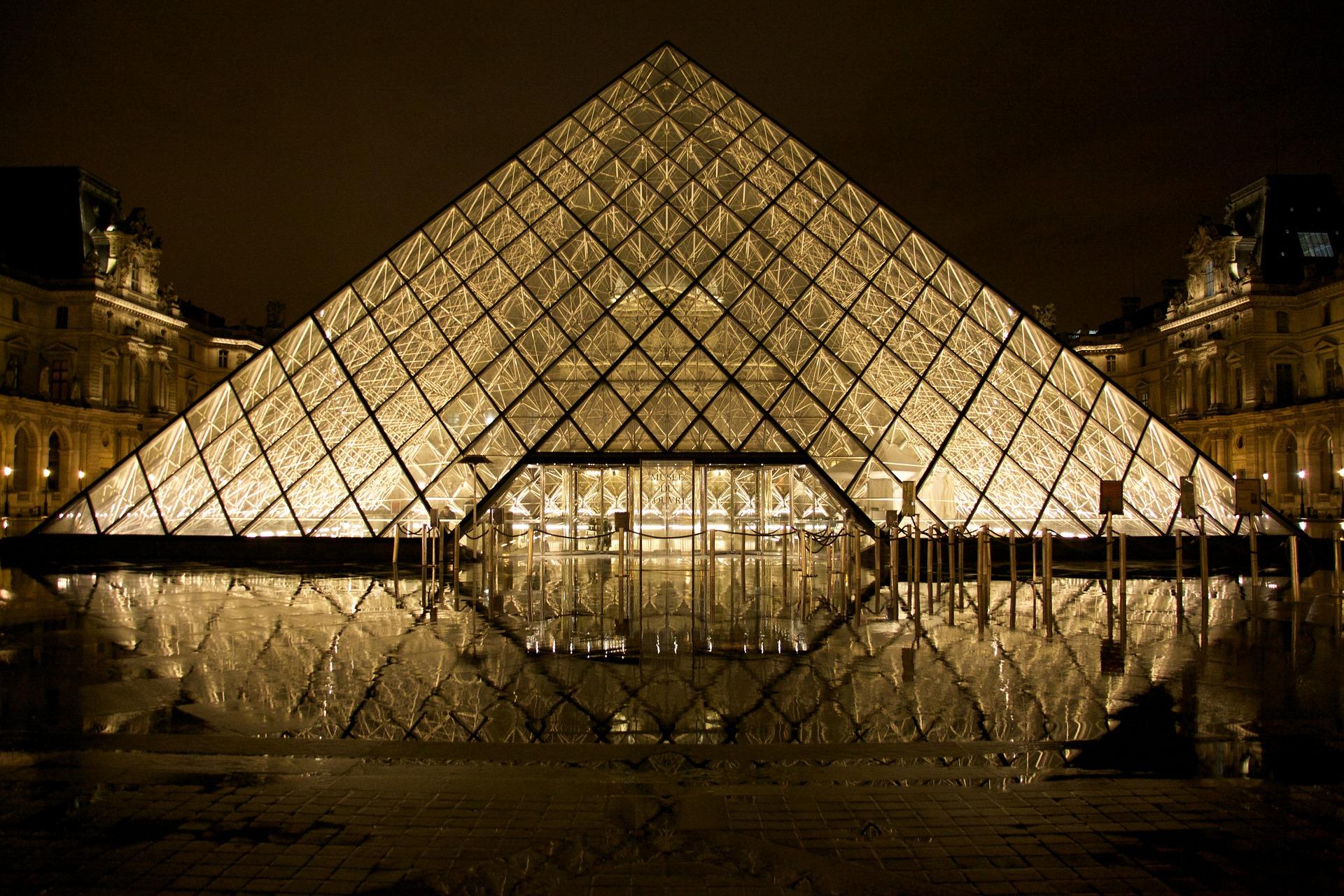Musée, Musée du Louvre, Paris, France, Pyramid - Fonds d'écran HD - Professor-falken.com