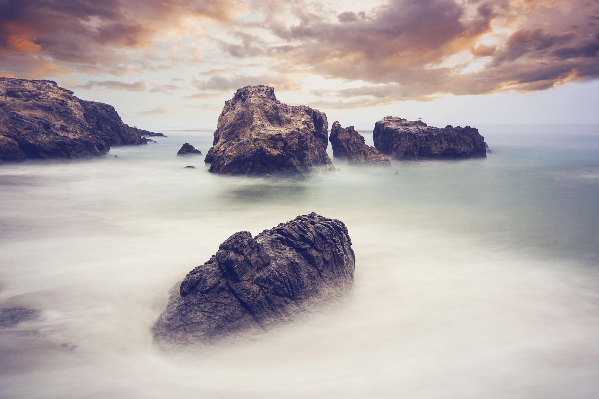 Rocas, nebbia, Ocean, calma, nuvole - Sfondi HD - Professor-falken.com