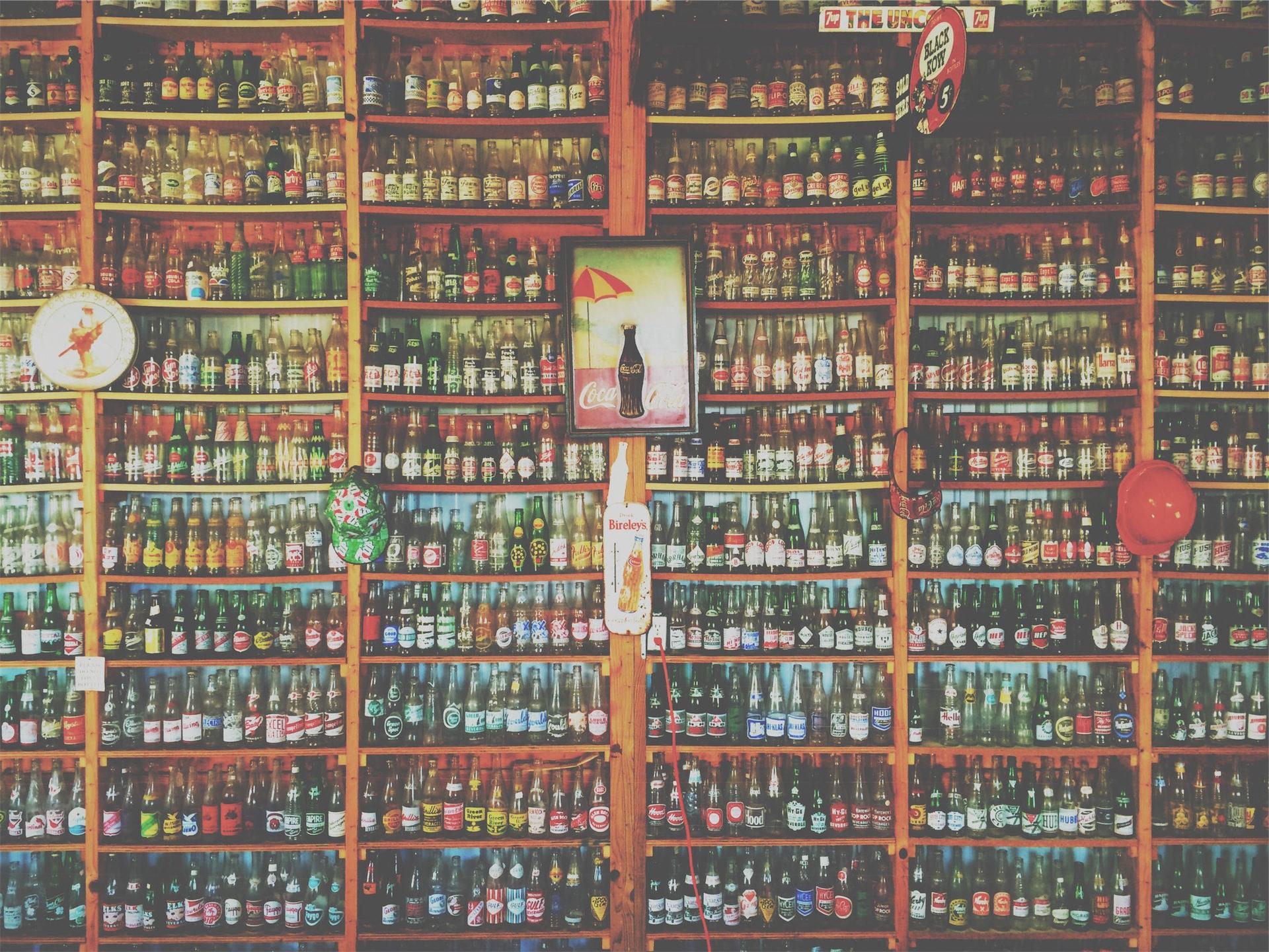 μπουκάλια, μη αλκοολούχα ποτά, μπύρα, ράφια, συλλογή - Wallpapers HD - Professor-falken.com